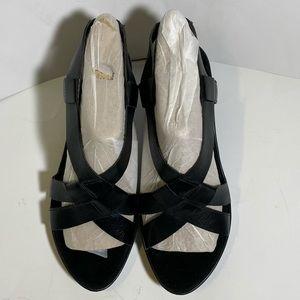 Aerosoles Women's Black Strappy Slingback Sandals